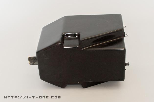 燃料タンク横|モトコンポ